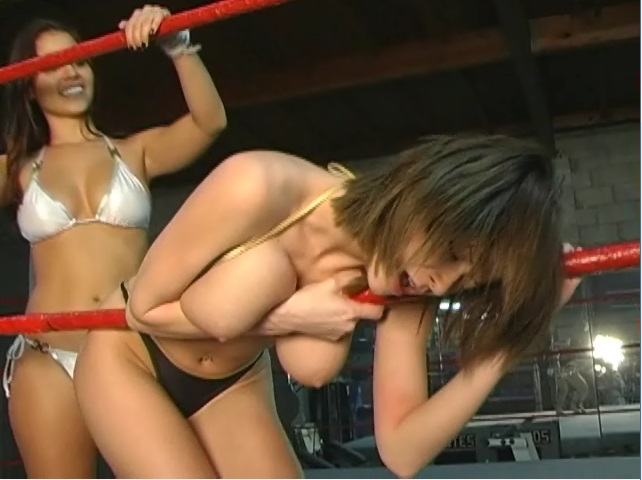 Emily Addison vs Cali Logan - video 2