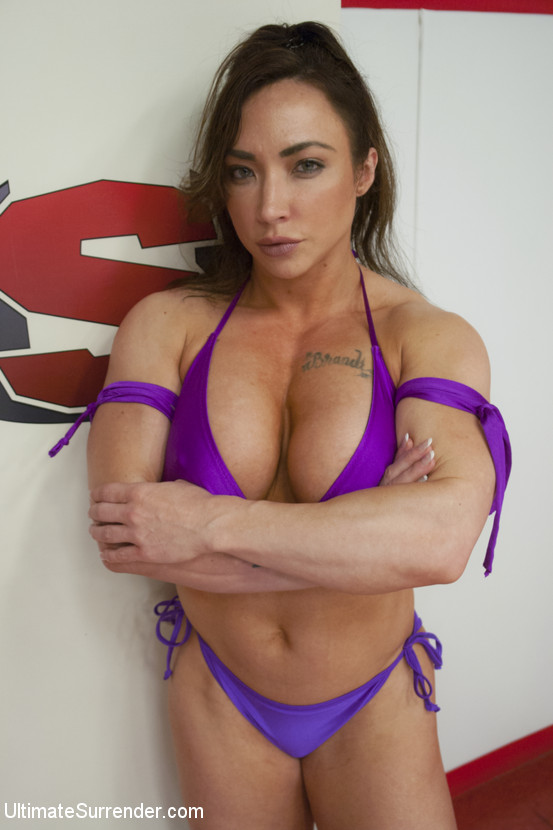 Ariel X vs Brandi Mae Muscle Goddesses Battle in Sexfight