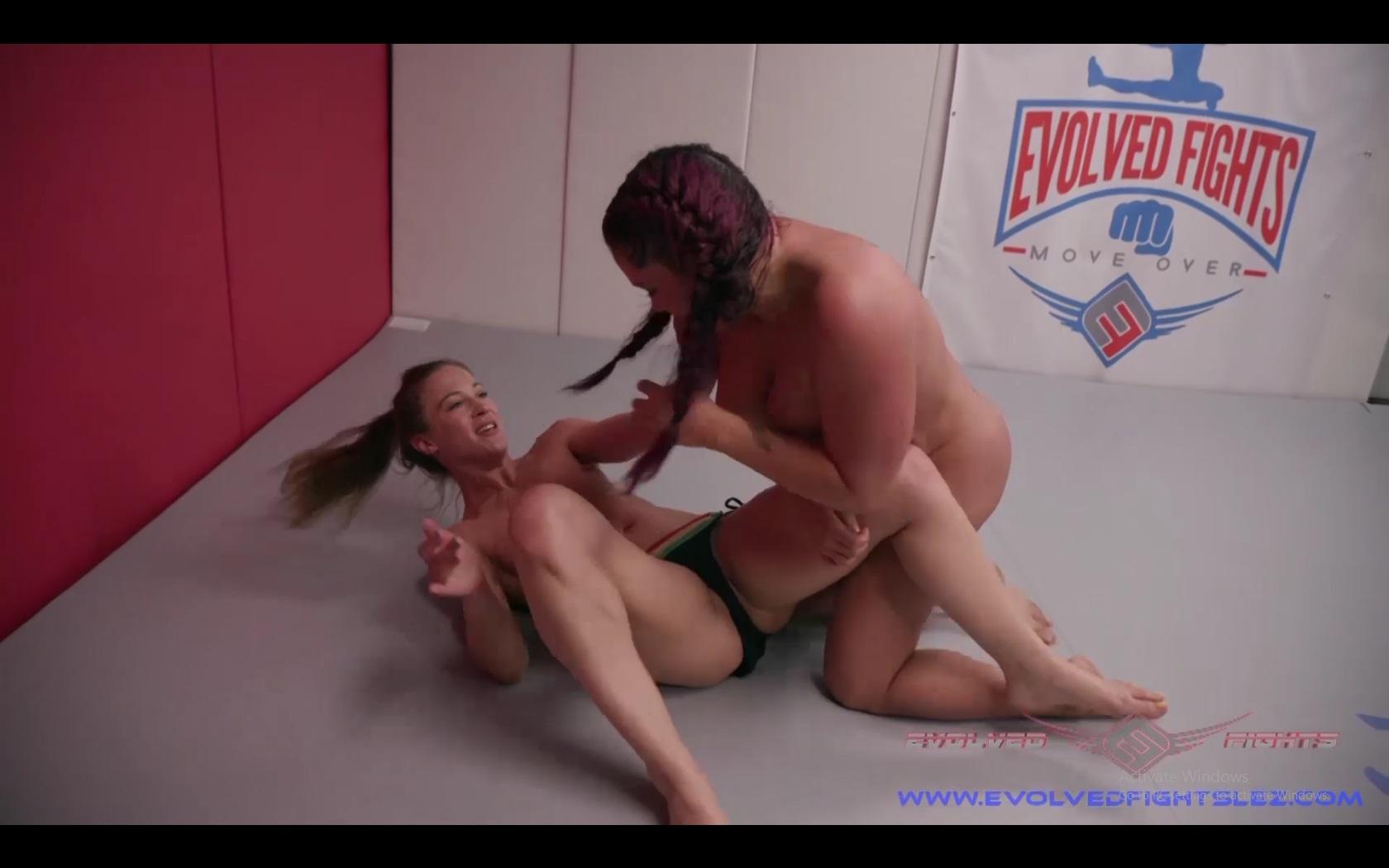 Cheyenne Jewel vs Jasmeen LeFleur Lesbian Wrestling Match at Evolved Fights